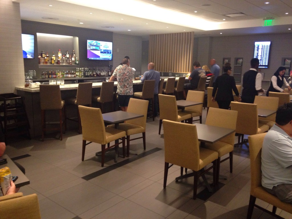 The Club at MCO - Lounge
