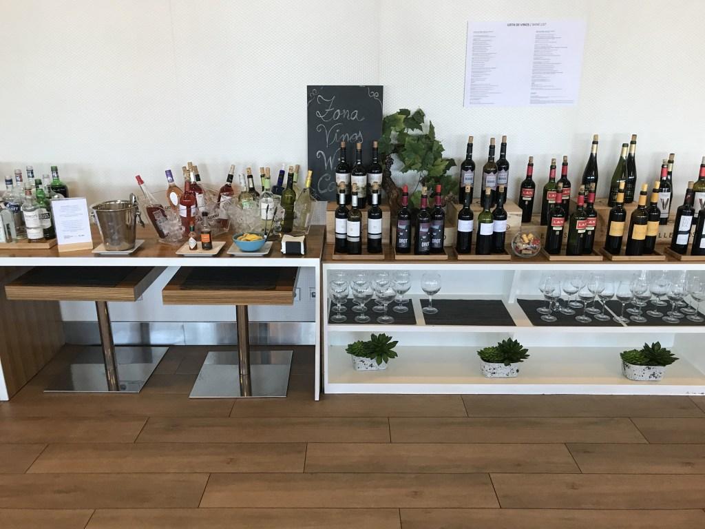 puerta de Alcala Madrid Lounge - Wine