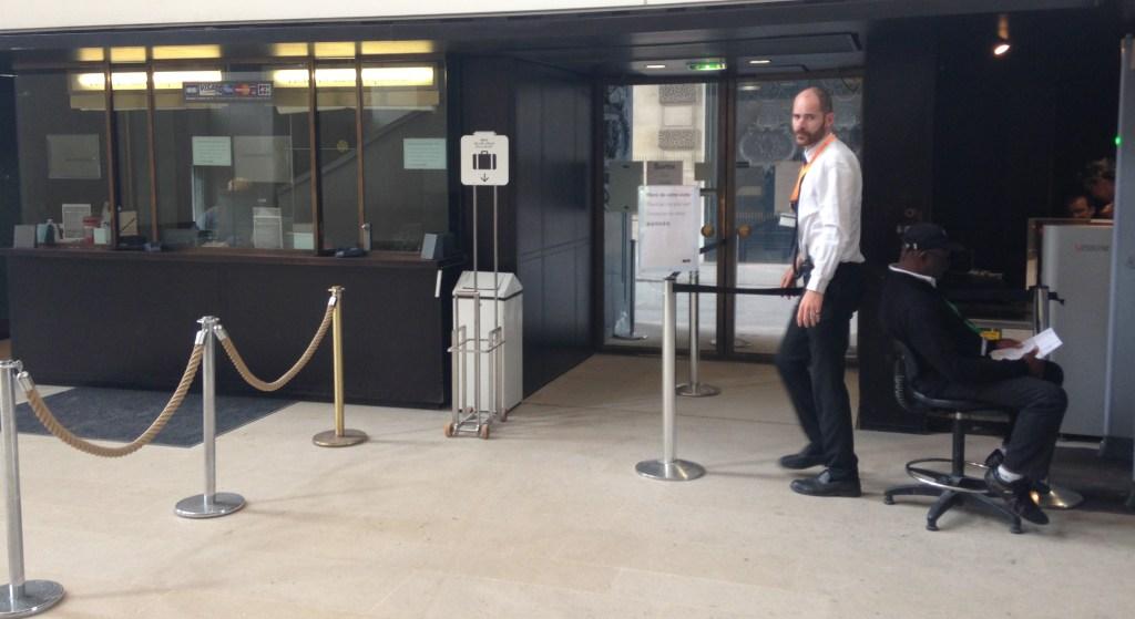 Louvre Secret Entrance